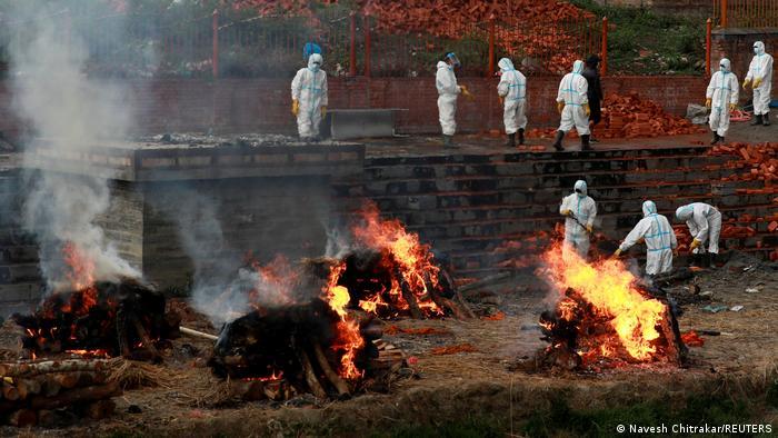 """Le Népal est confronté à une """"catastrophe humaine"""" comme en Inde"""