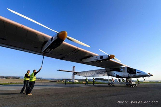 Le tour du monde en avion solaire
