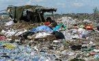 Environnement : les pieds dans les ordures et autres news