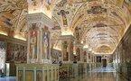 Monde: Le Vatican dément les accusations contre le Pape et autres news