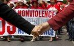 Bangkok: les «chemises rouges» se sont rendus