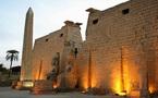 Sciences: La statue d'Amenhotep III retrouvée et autres actus