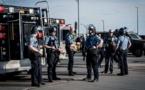 """USA: la ville de Minneapolis annonce vouloir """"démanteler"""" sa police"""