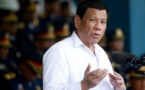 Le président des Philippines s'excuse d'avoir pris le vaccin chinois Covid-19