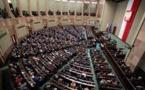 La coalition de droite au pouvoir en Pologne perd la majorité au Parlement