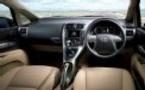 Toyota renouvelle l'électronique de ses voitures