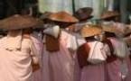 Birmanie / Myanmar quand le sang prend la couleur safran