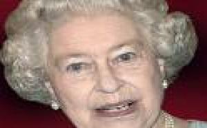 Elizabeth II appelle les Britanniques à faire preuve de courage
