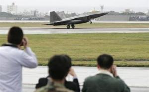 Okinawa fait chuter le Premier ministre Hatoyama