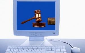 Le gouvernement fait sa loi sur le web