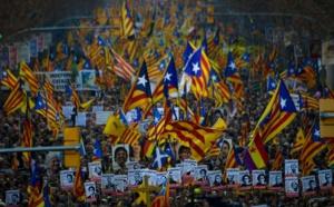 Catalogne : les séparatistes impulsent l'indépendance après le succès électoral