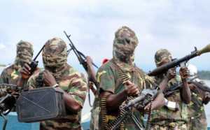 """Les ravisseurs """"libèrent"""" près de 300 écolières au Nigeria"""