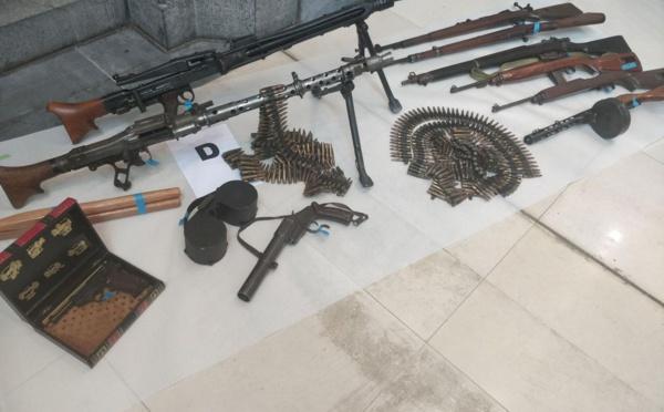 Des militaires et retraités interpellés dans un vaste trafic d'armes