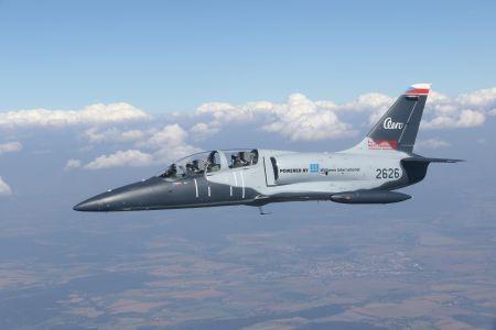 Le Sénégal passe commande de quatre avions de combat L-39NG auprès de l'avionneur tchèque Aero Vodochody